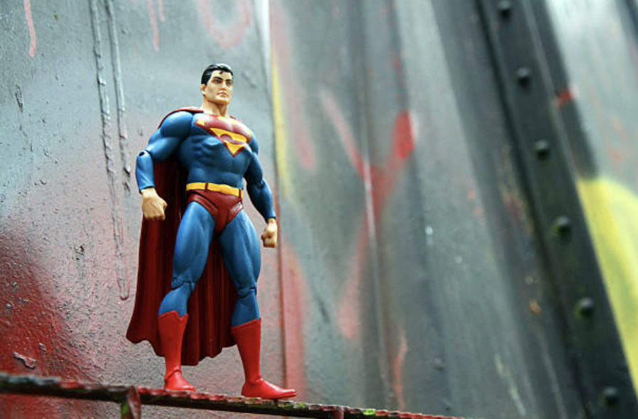 Why Superman Sucks